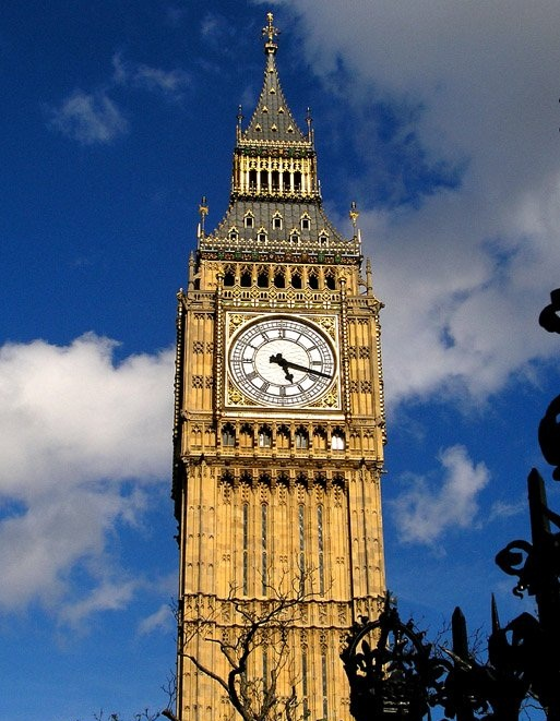 Биг-Бен в Великобритании