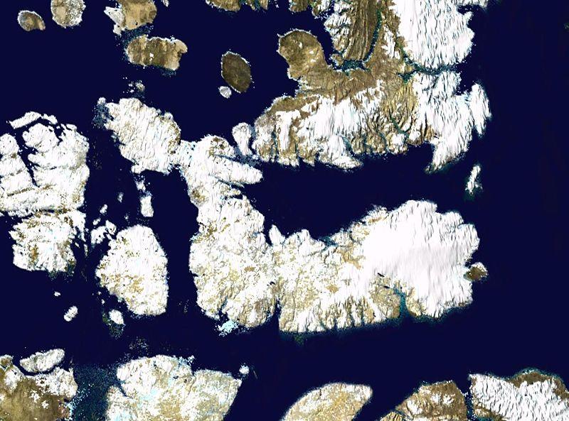 Спутниковое фото Девона и соседних островов