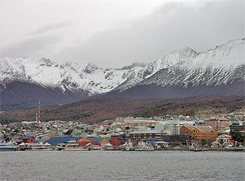 Вид на город с бухты