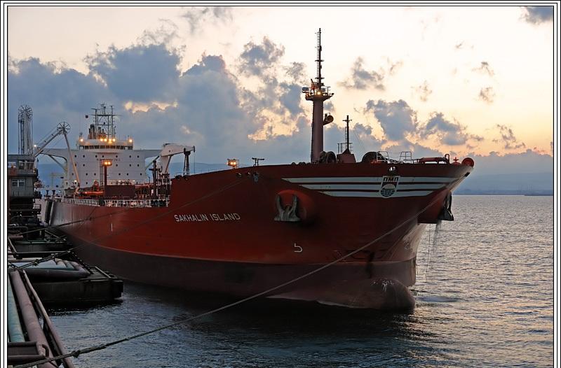 Порт на острове Сахалин